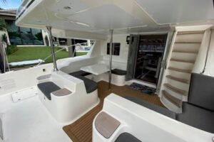 Seafari Yacht Charters 3322