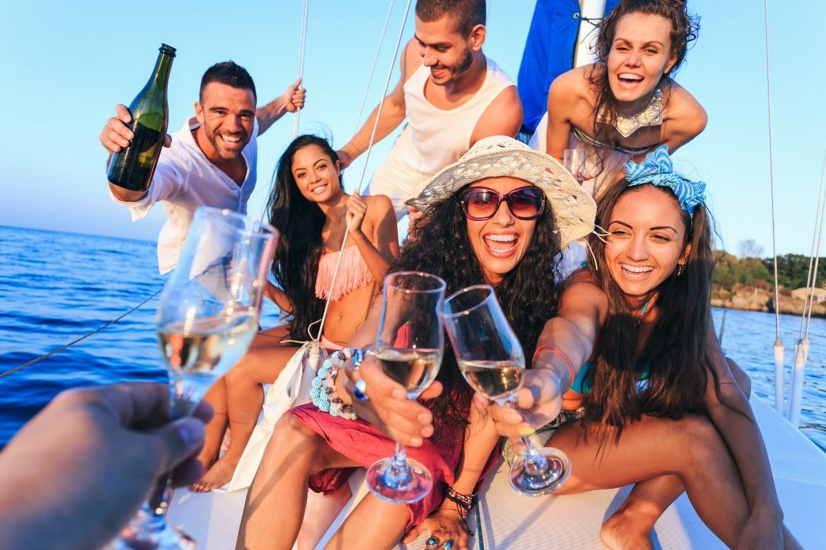 How to Throw an Epic Yacht Party