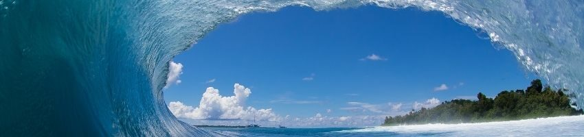 Beautiful huge sea wave around the island