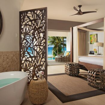 Zoetry-Montego-Bay-Jacuzzi-Suite