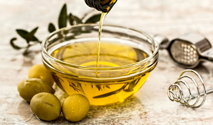 A diet rich in healthy fats, such as olive oil and nuts, isn't likely to cause weight gain