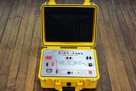 User-friendly DC resistivity meter. User-friendly geophysical instruments.