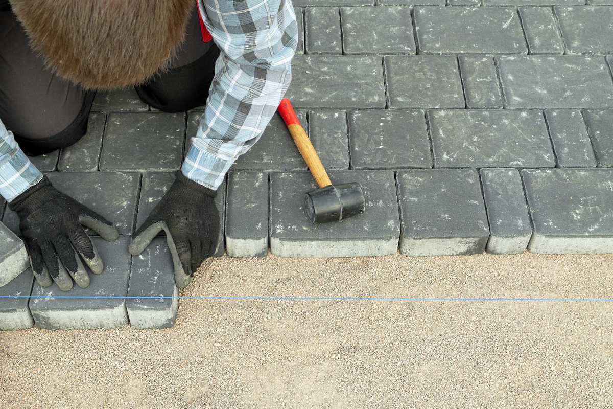 Dan The Paver: The Name's Right In The URL!