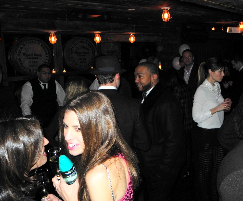 Justin Timberlak+Timbaland+Jessica Biel+Southern Hospitality BBQ