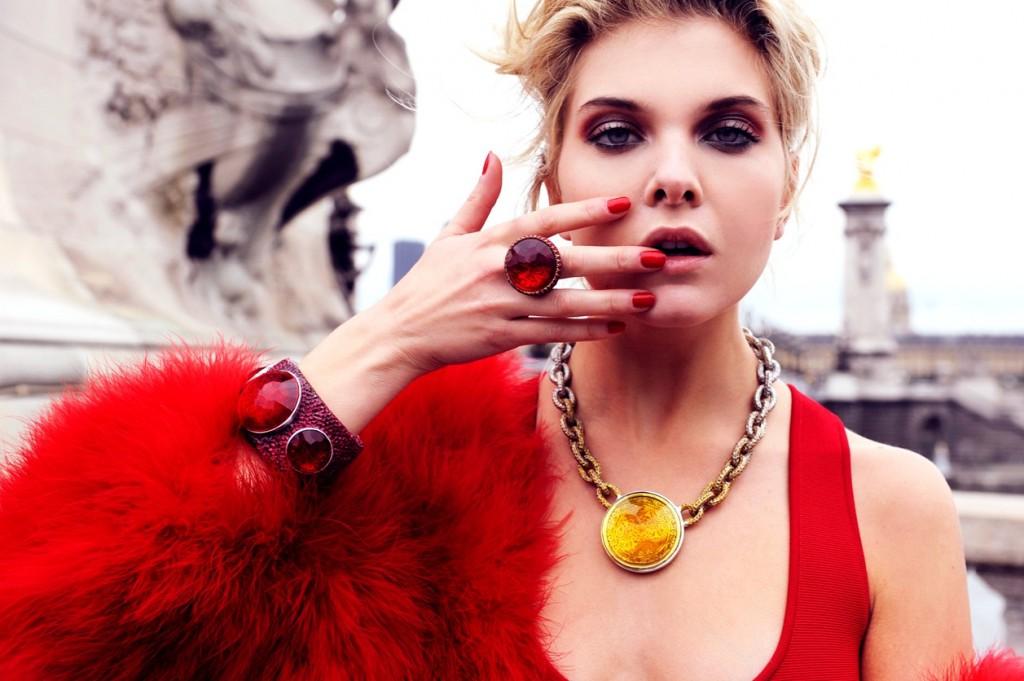 Alessandra Pozzi model red