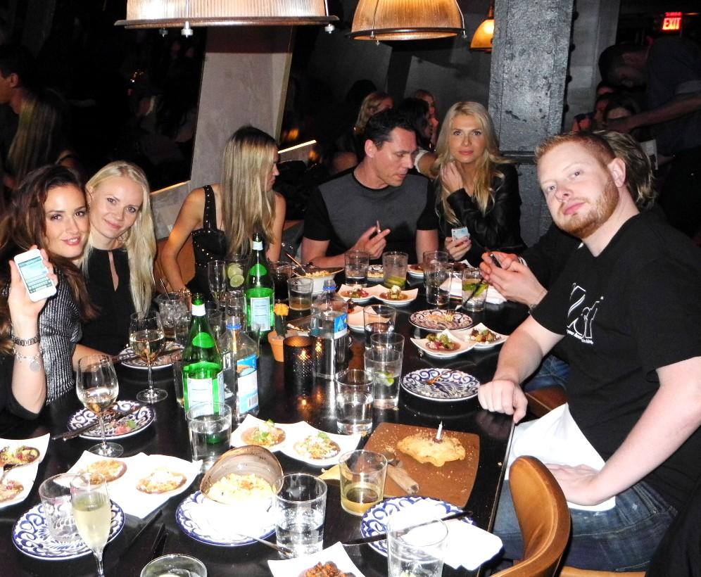 tiesto dinner, Barbara Duerrer, Maria Eerolainen, Nadya Khvorekova, Tiesto, Anna Huzar