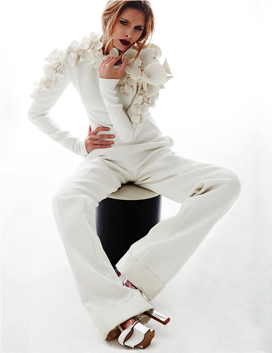 Anna Maria Olbrycht model high fashion photo