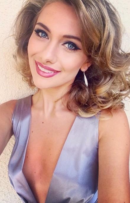 Raluca Mos-face-blue