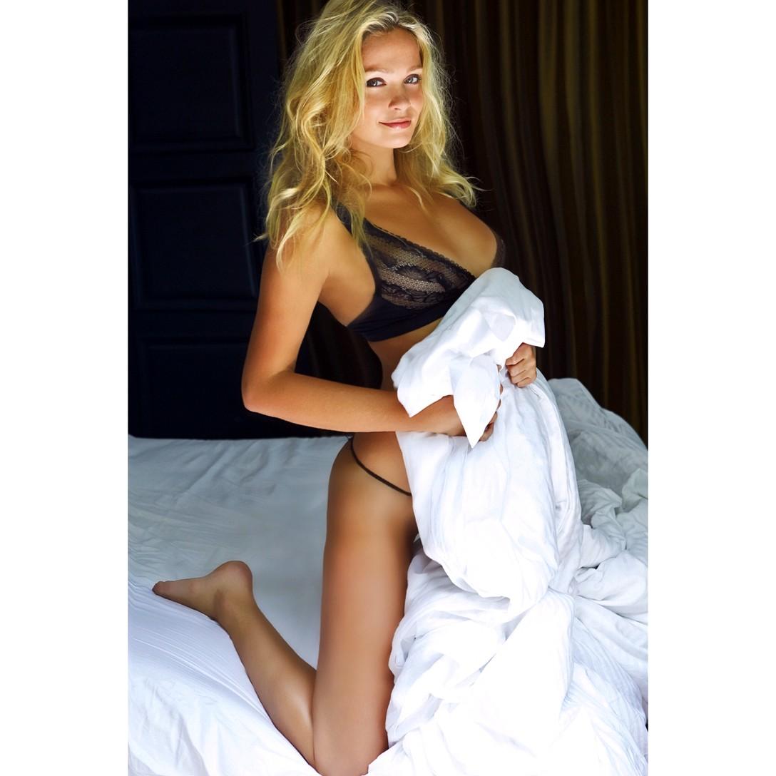 Karol Marie Morrison lingerie bedroom sexy