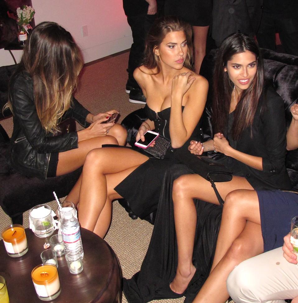 Treats Oscar party, models