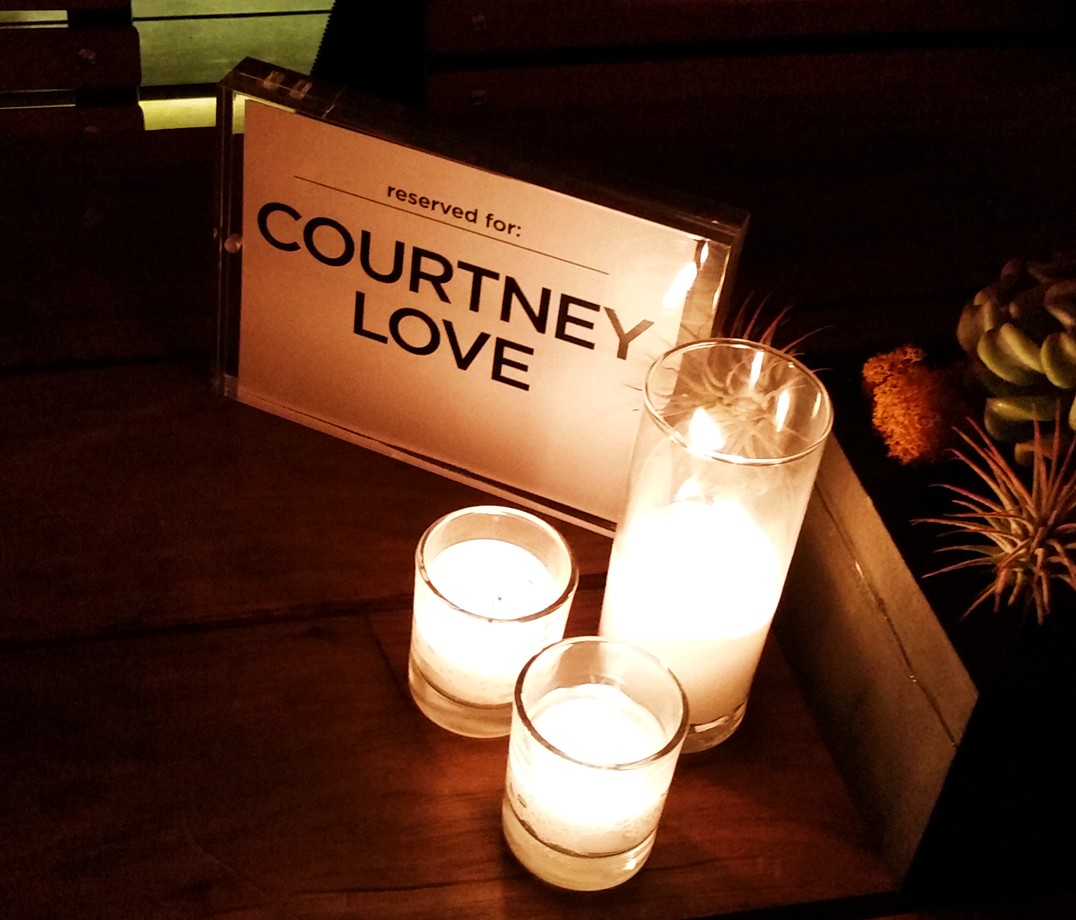 Montage of Heck, courtney love table