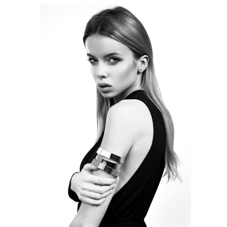 Louisa Warwick, fashion black white