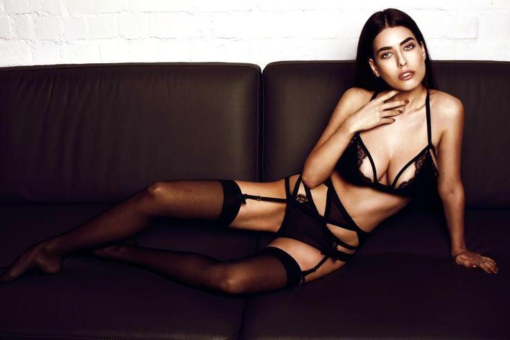 Alice Peneaca, hot model 2