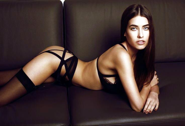 Alice Peneaca, hot model 3