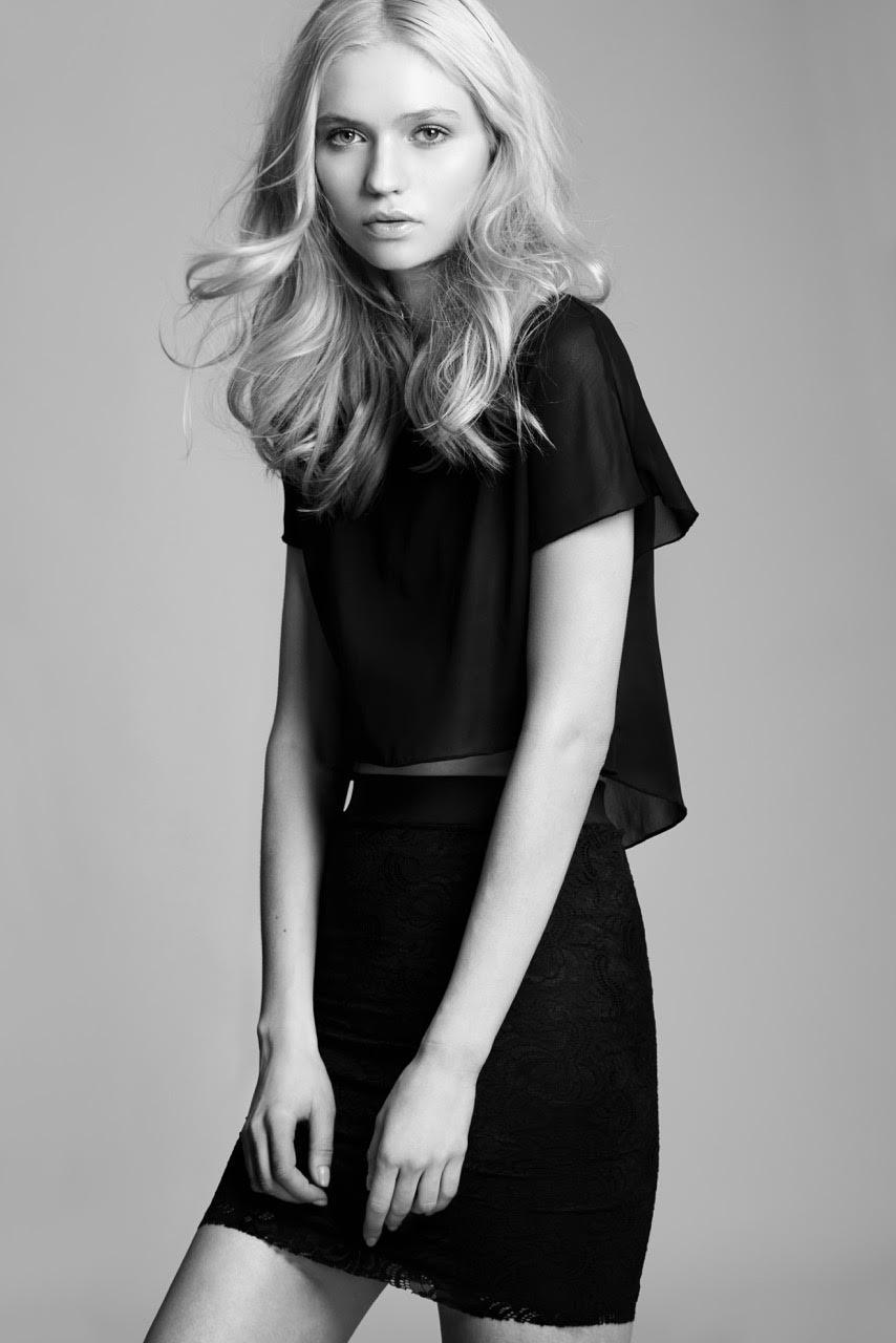 Yana Sotnikova, red hot, model