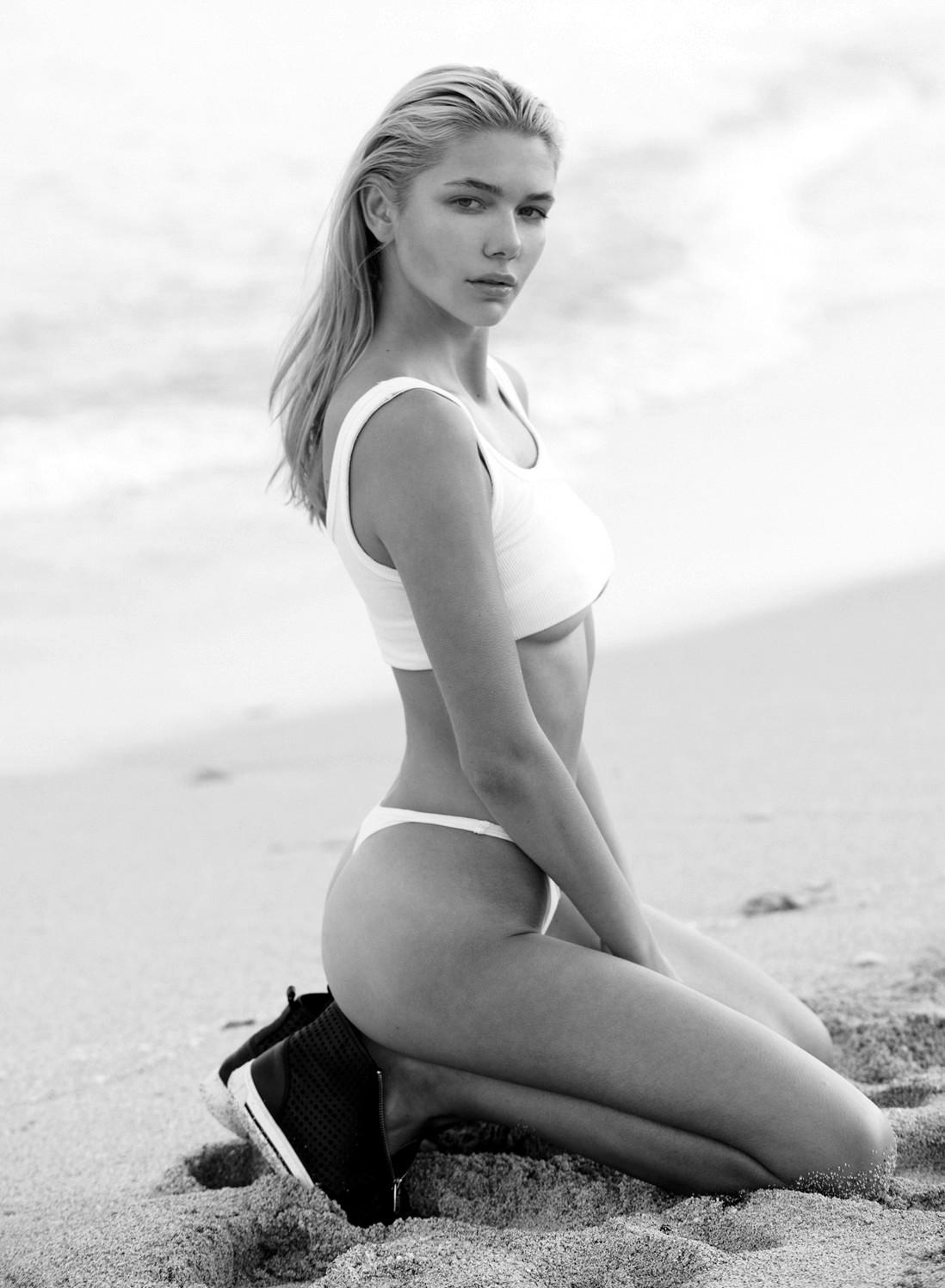Anastasia Belotskaya swim 3