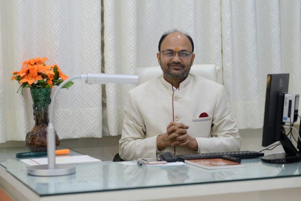 Dr. Laxmikant Tripathi ji