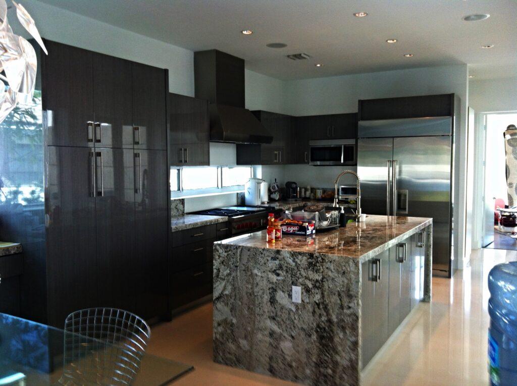 wood custom kitchen cabinet