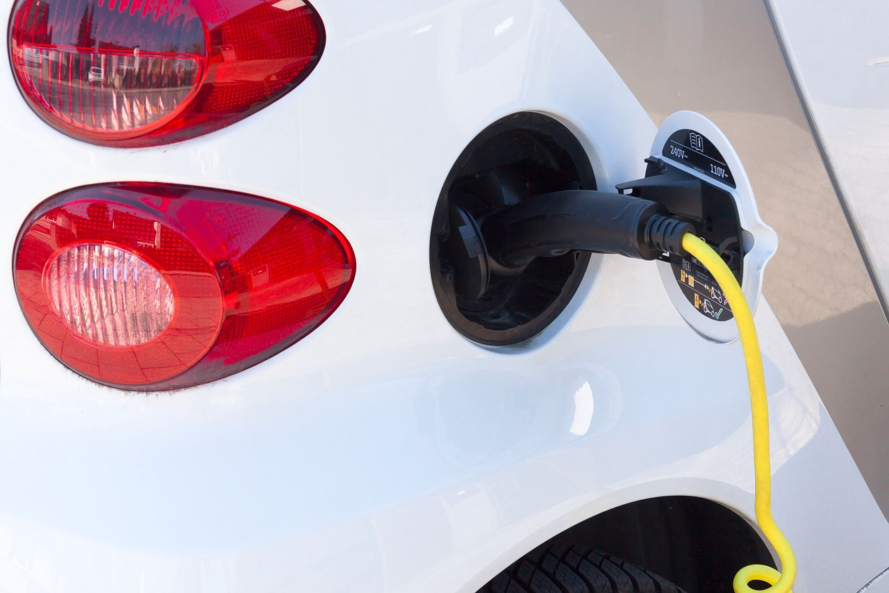 Rebates for Electric Vehicle Buyers Could Triple Under Proposed Bill