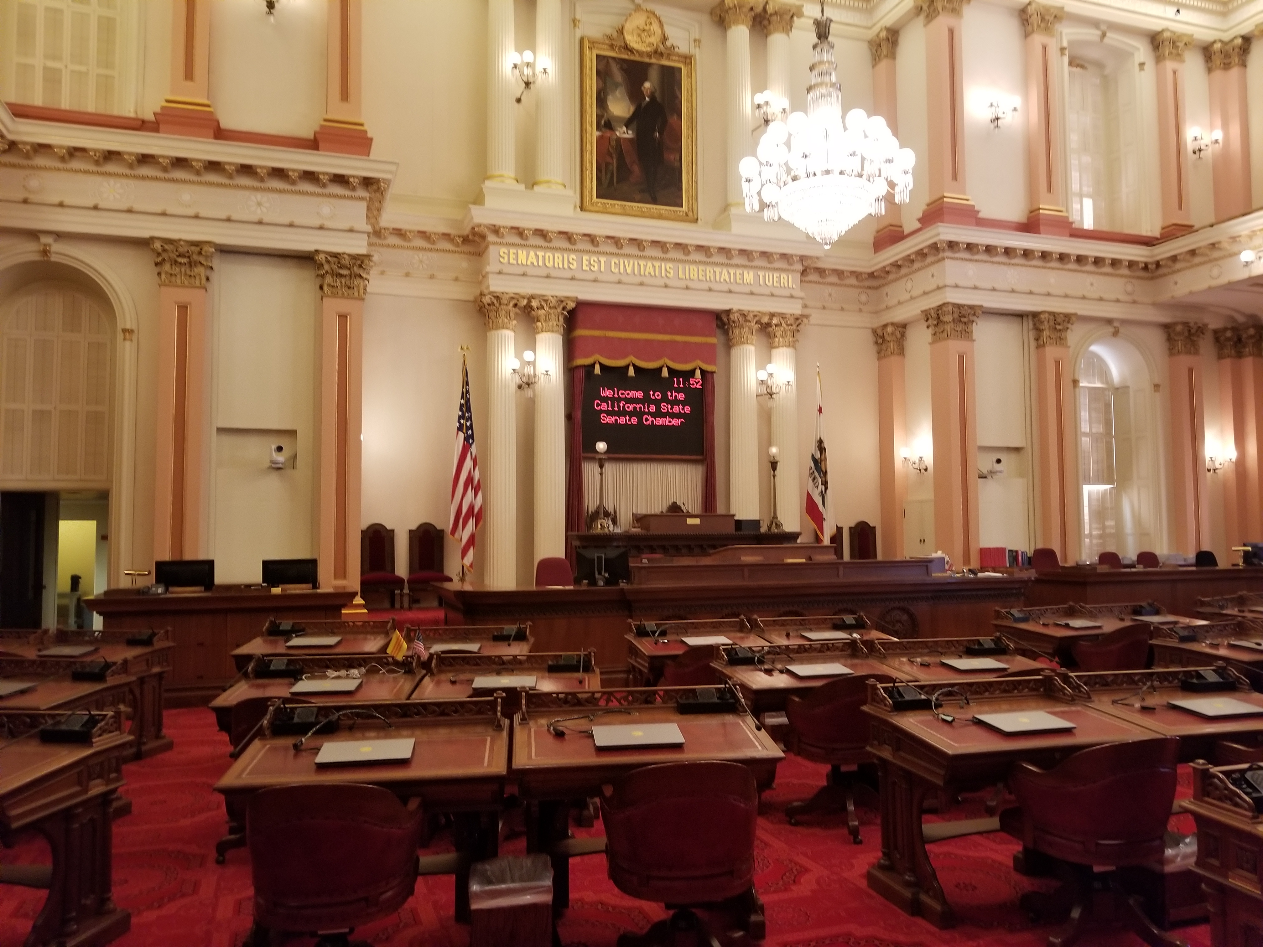 Proposed Bill to Redefine and Protect Big Economy Workers Passes California Senate
