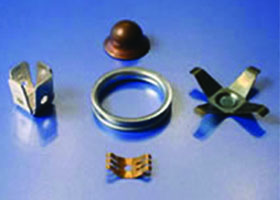 HK Metalcraft supplies custom metal washers and metal gaskets.