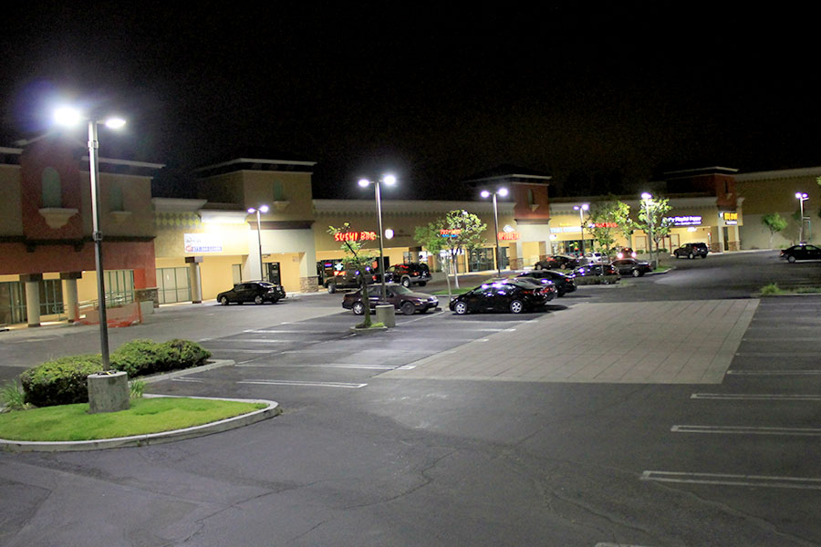 LED-Parking-Lot-Lights-Shopping-center2