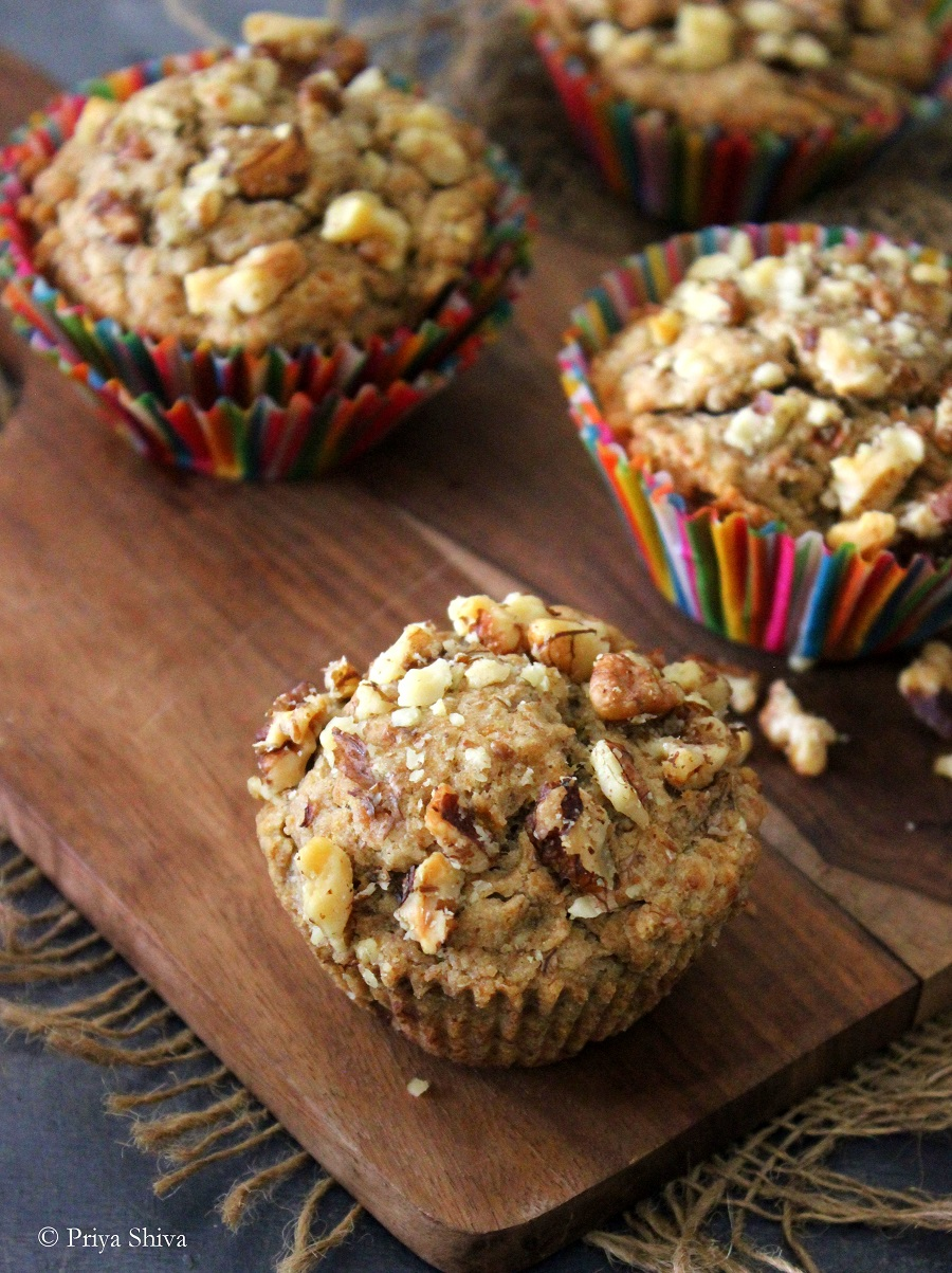 vegan banana muffin