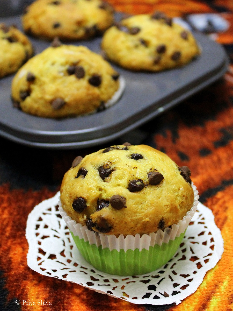 Eggless Orange Chocolate chip Muffins