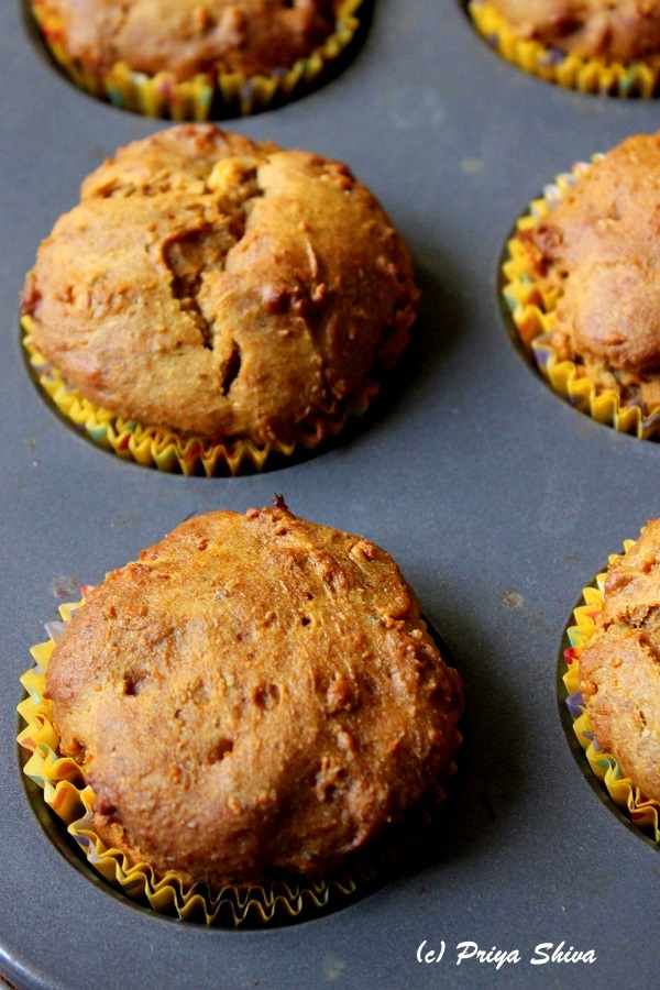 Eggless Papaya Banana Honey Muffins