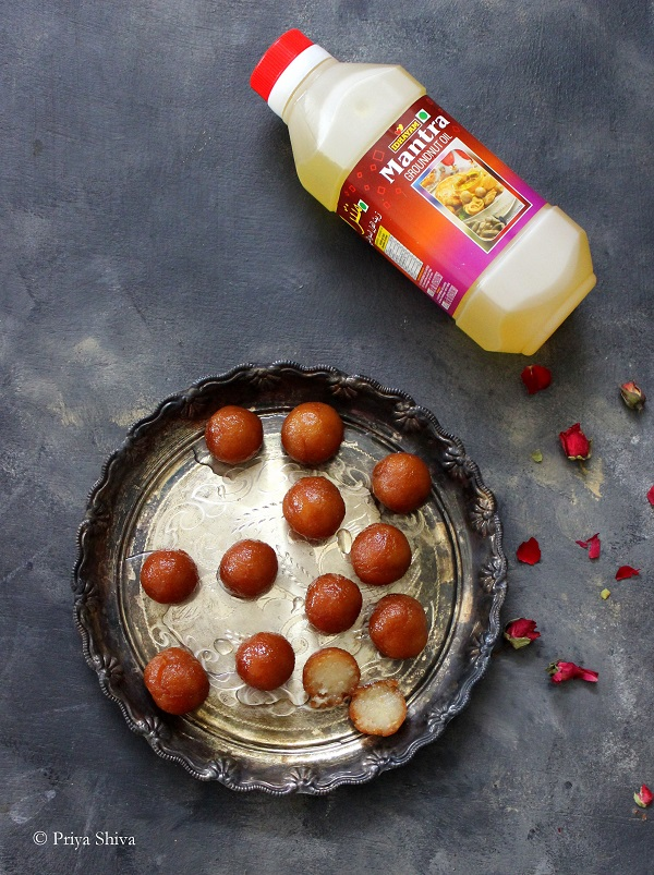 bread gulab jamun with Idhayam Mantra groundnut oil