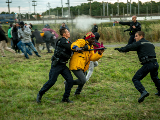 migrant-violence-rises-in-calais-as-police-numbers-decline