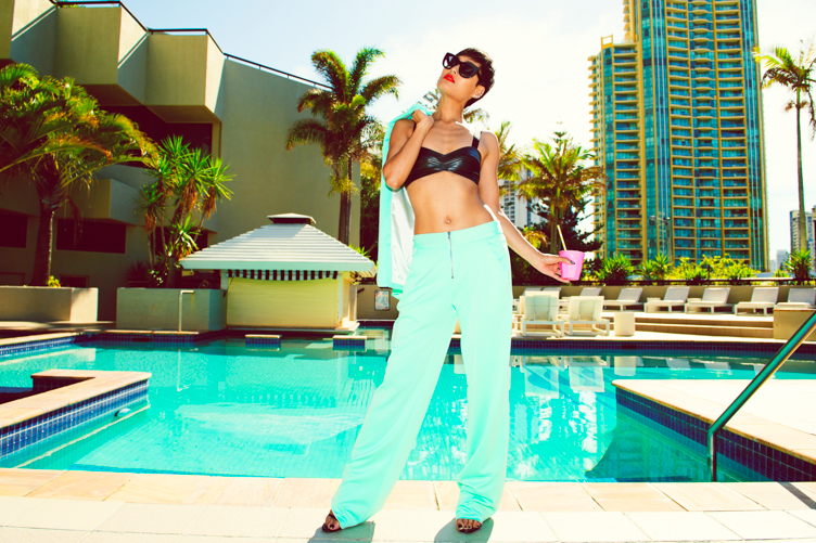 Micah Gianneli_Best top fashion blogger_QT Hotel Goldcoast_Flash Vogue GQ editorial_Bellen Brand_Nasty Gal_L.A. summer fashion editorial_Retro 50s editorial-