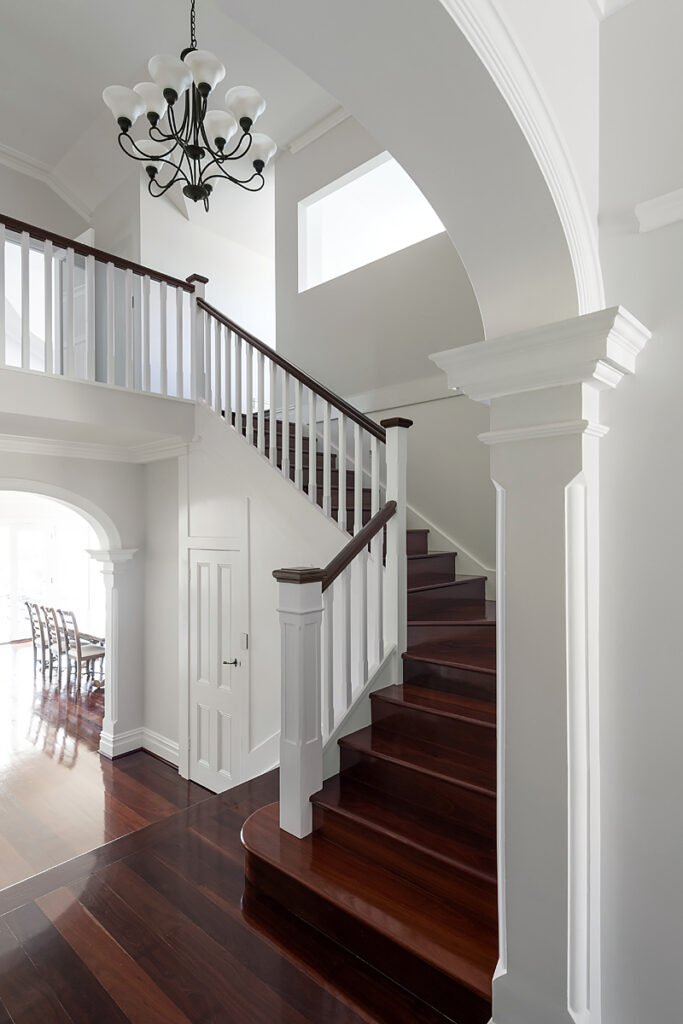 arch crown and beed staircase