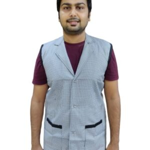 Sleeveless overcoat - Black and white checks with black contrast combo