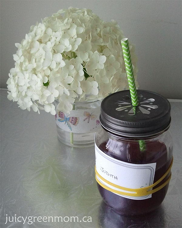mason jar cup with lid and paper straw from Greenmunch