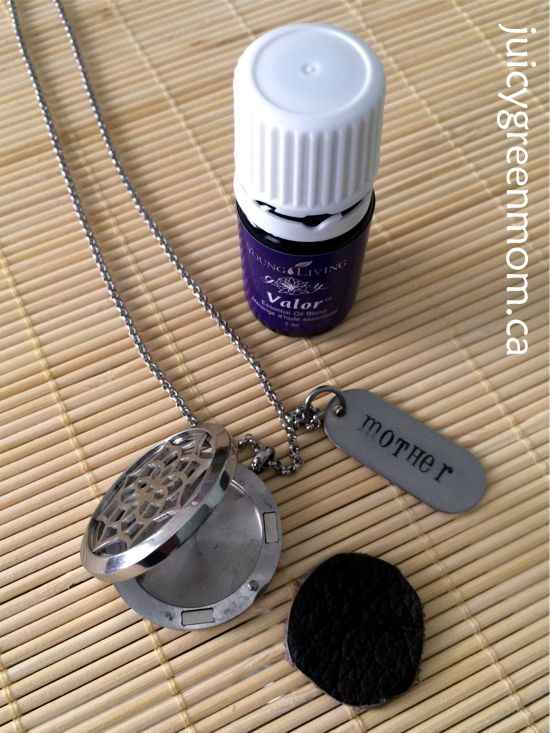 mother daughter jewel open locket diffuser necklace