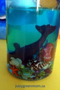 DIY ocean jars for a finding dory party juicygreenmom close-up