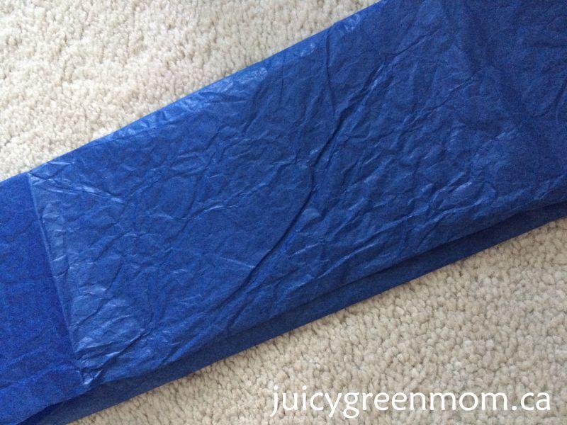 DIY paper lantern jellyfish for Finding Dory party Greenmunch juicygreenmom tissue