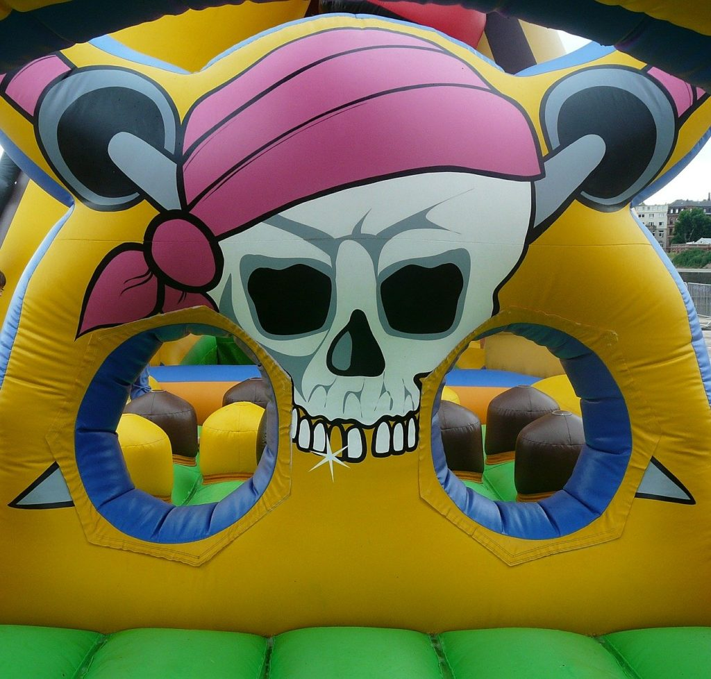bouncy castle pirate