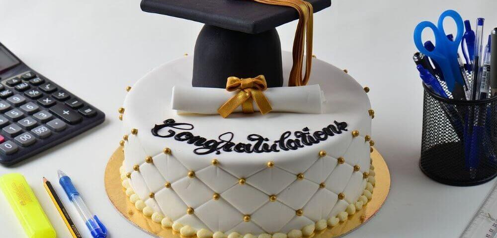 High school graduation cake