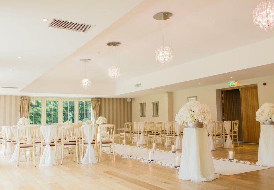 types of wedding chairs