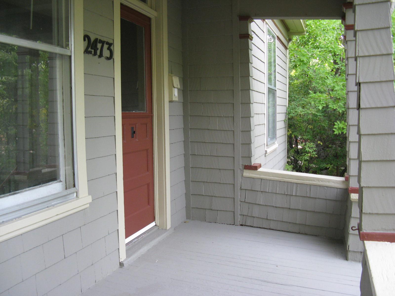 2473: Porch