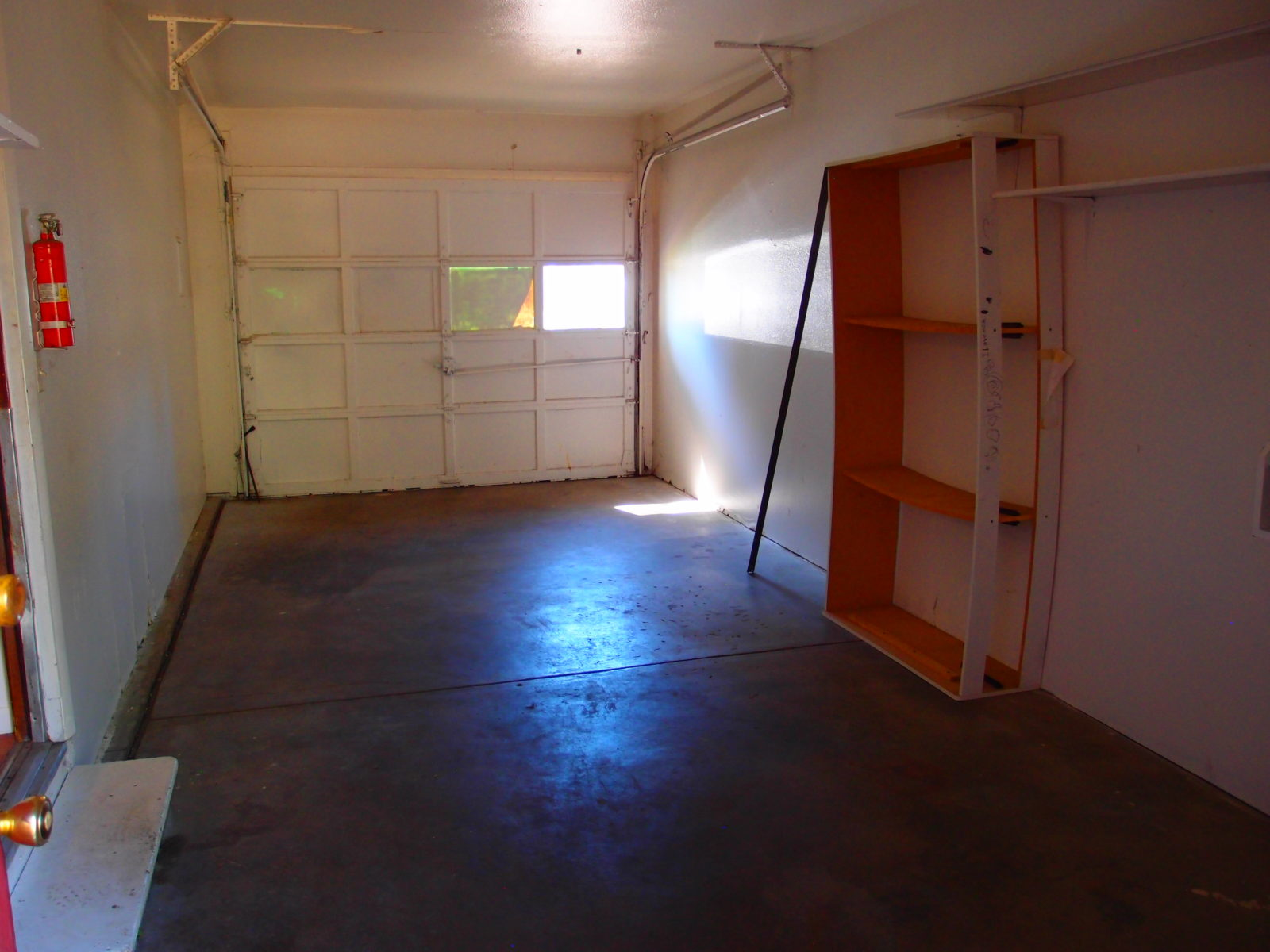 2166 Dexter: Single Car Garage 2