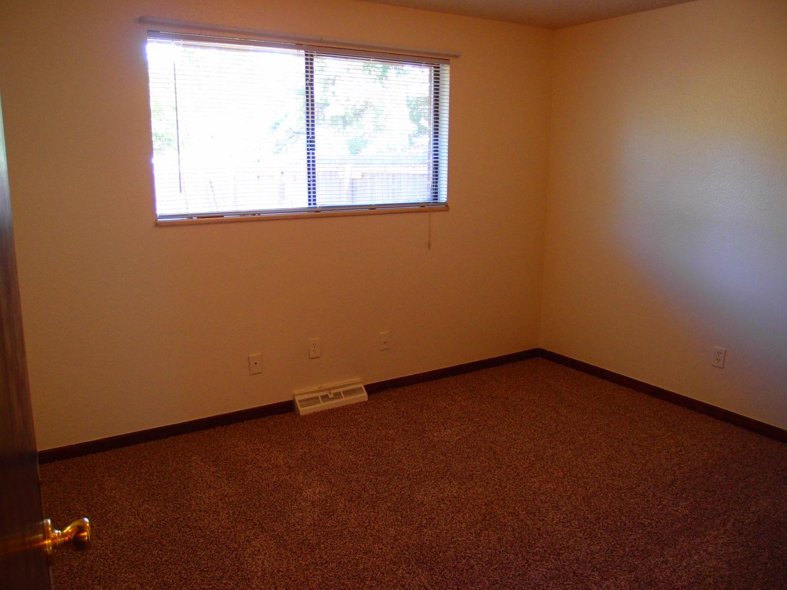 2166 Dexter: Bedroom 2