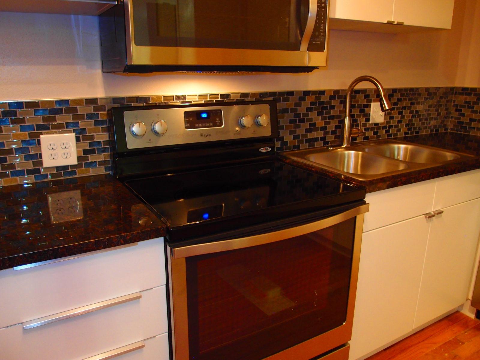 909 male kitchen 4