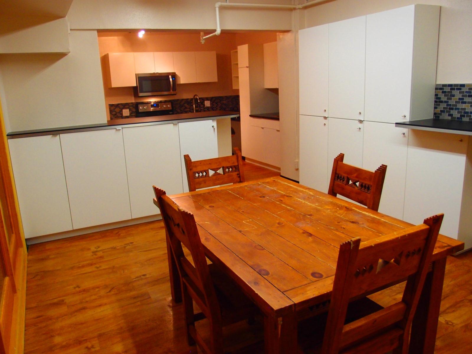 909 male kitchen 8