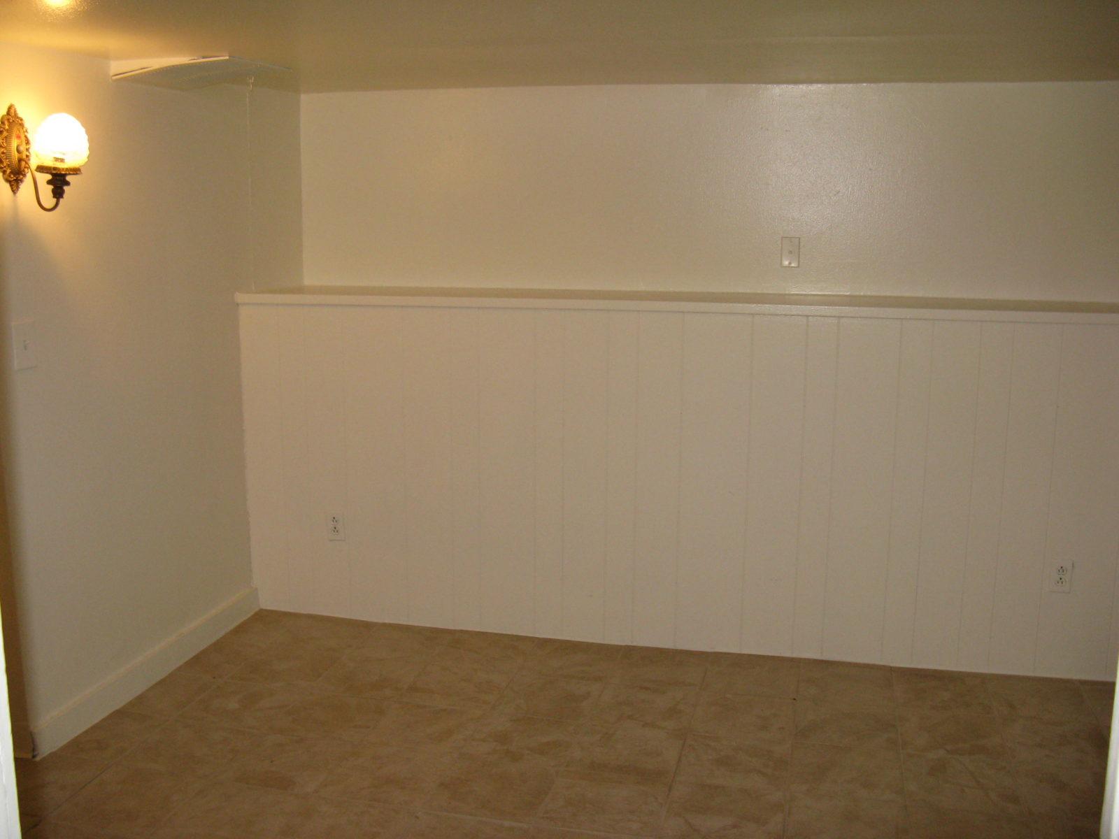2473: Lower Level Bedroom