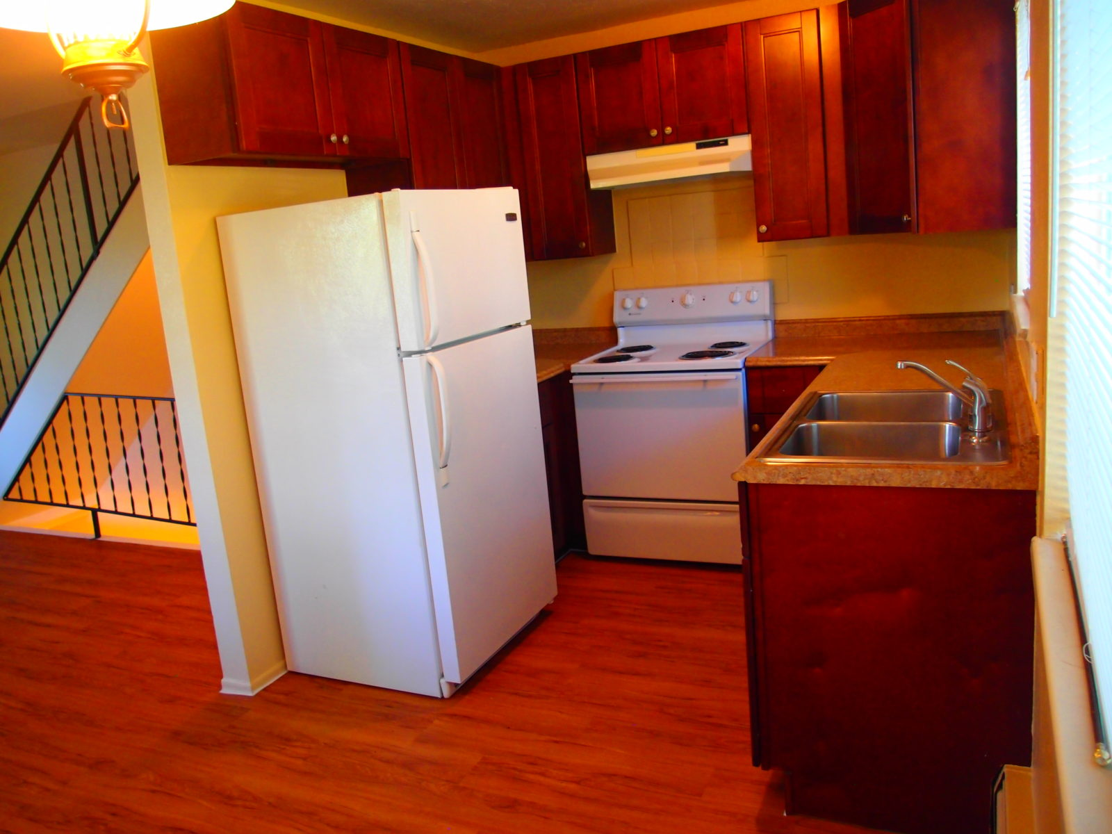 2473 3 kitchen