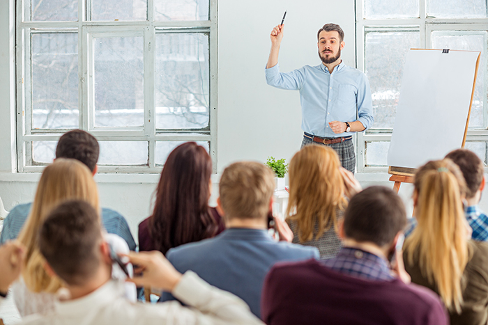 Three things that public speaking and online engagement have in common