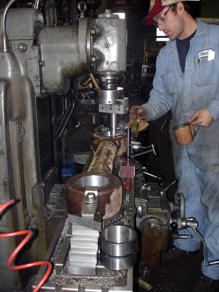Repairing Holes in a Bucket Link